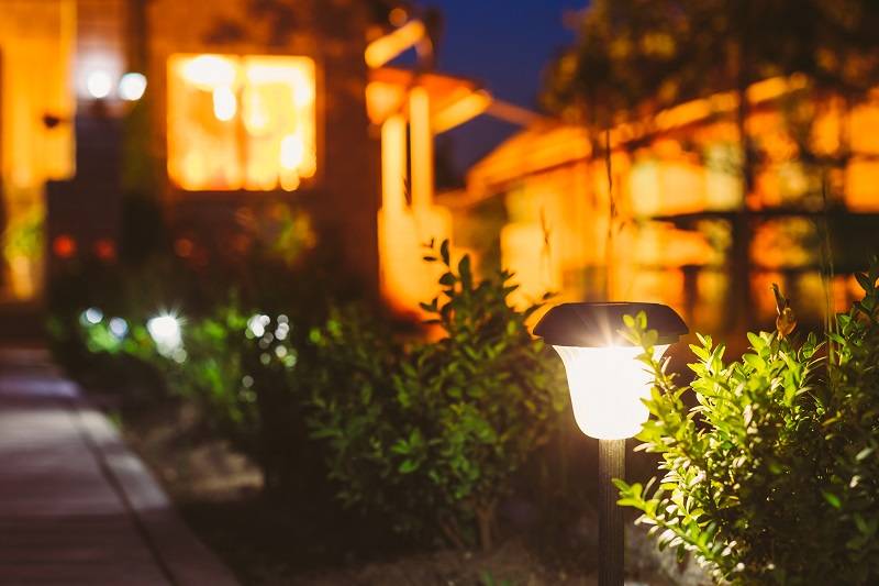 When you need a residential home electrician in Kansas City to install outdoor lighting, JMC Electric is the expert you want.